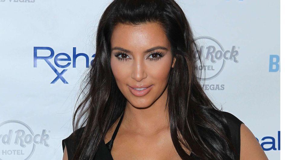 Kim Kardashian en robe de mariée pour Tatler (Photos et Vidéo)
