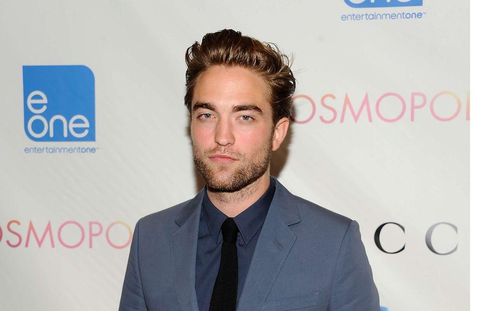 Robert Pattinson : Un flirt avec une mystérieuse blonde ?