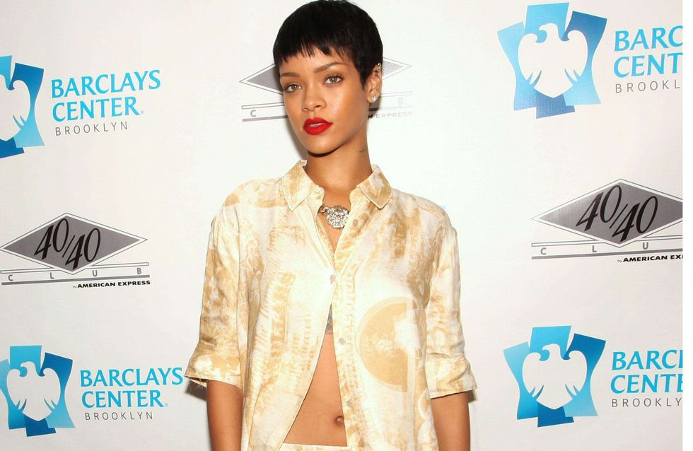 Rihanna : Blonde et dénudée pour son nouveau parfum (Photo)