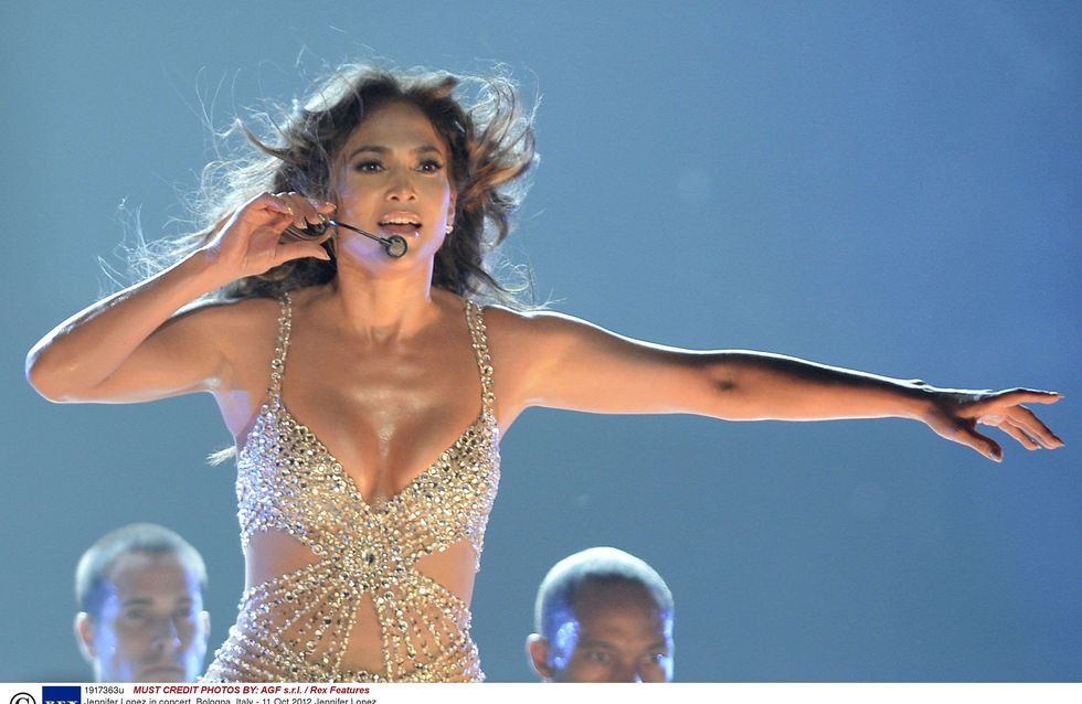 Jennifer Lopez : Elle enchaîne soirée arrosée et concert à Paris (Photos)