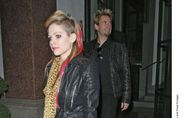 Avril Lavigne, enceinte ?