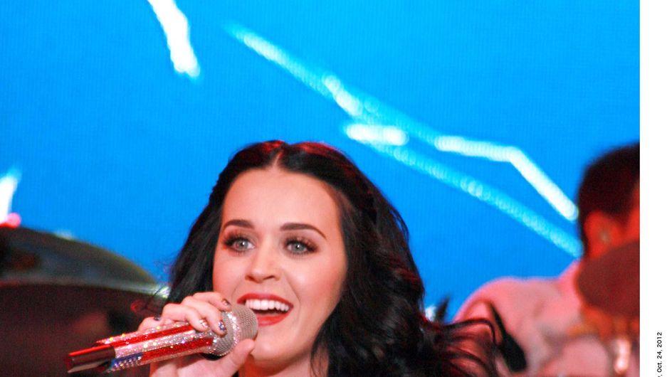 """Katy Perry : Sexy en robe """"Obama"""" ! (Photos)"""