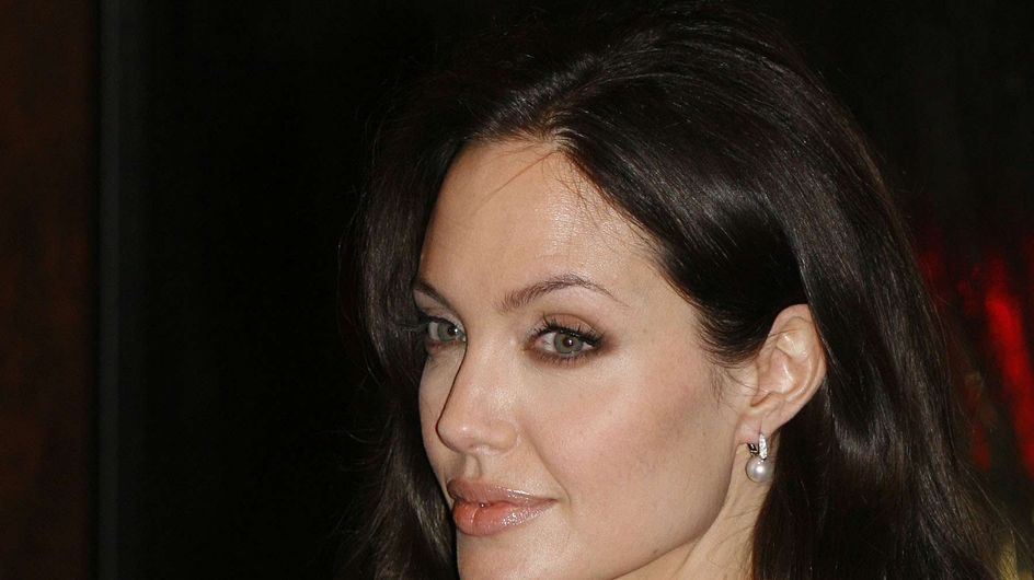 Angelina Jolie : Quel déguisement pour Halloween ? (Photos)