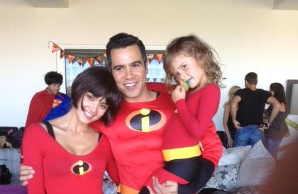 Jessica Alba : Indestructible pour Halloween (Photos)