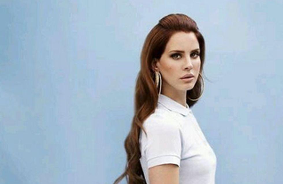 Lana Del Rey : Nouvelle égérie Versace ? (Photos)