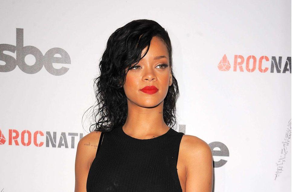 Rihanna : Elle twitte une photo de sa collection avec River Island (Photos)