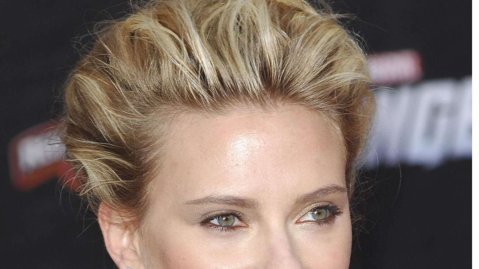 Scarlett Johansson : Son nouveau tatouage est une déclaration d'amour à un Français… (Photos)