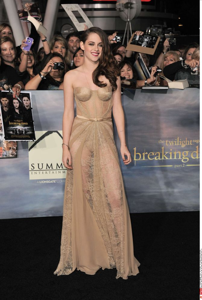 Kristen Stewart robe Twilight 5 première