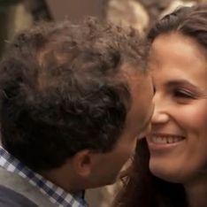 Elisa Tovati : Elie Semoun lui tripote les seins à la télé ! (Vidéo)