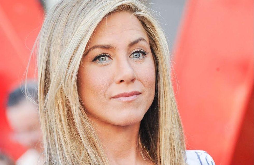 Jennifer Aniston : Son secret pour des seins parfaits
