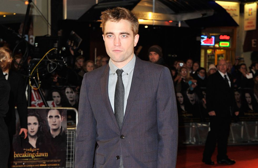 Robert Pattinson : Carrément sexy en Burberry ! (Photos)