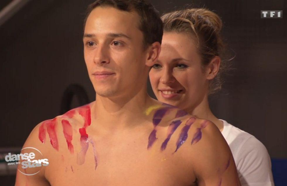 Danse avec les stars : Lorie drôle et sexy fait du body-painting (Vidéo)