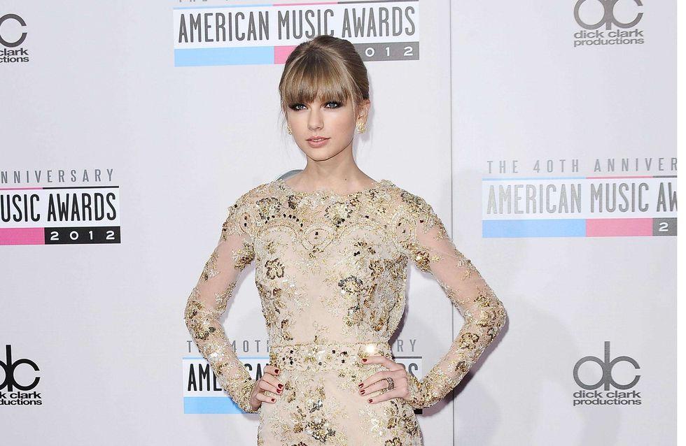 Taylor Swift : Rayonnante dans sa robe dorée Zuhair Murad (Photo)
