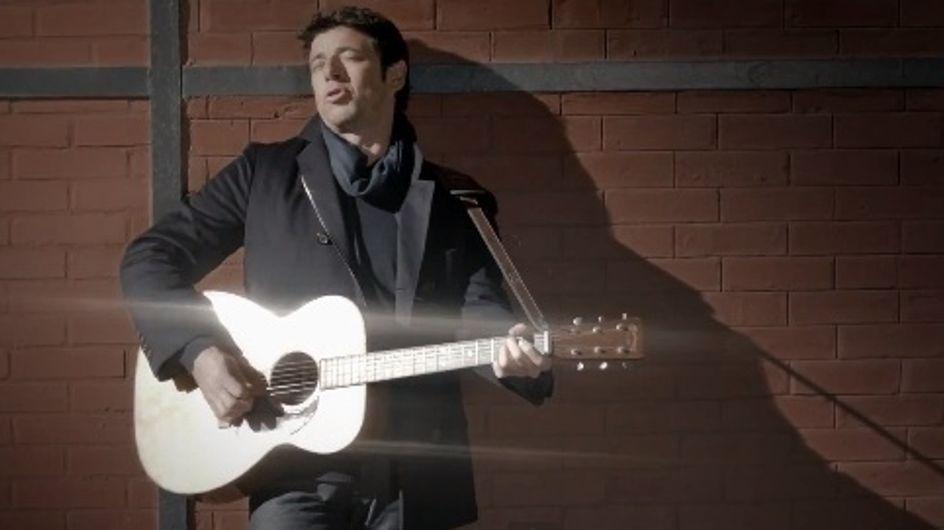 """Patrick Bruel dévoile son nouveau clip """"Lequel de nous"""" (Vidéo)"""