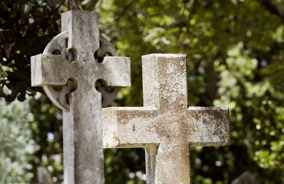 Ils volaient des dents en or sur des cadavres au cimetière de Pantin