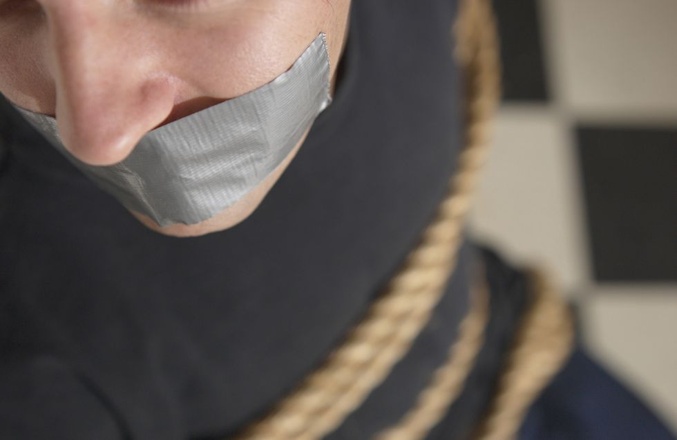 Fait-divers : Un homme séquestré et dépouillé par sa compagne