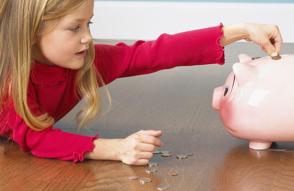 Noël : 1 enfant sur 3 réclame de l'argent au Père Noël