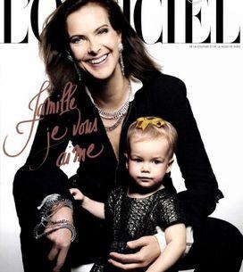 Carole Bouquet : Grand-mère pleine de charme avec sa petite-fille (Photos)