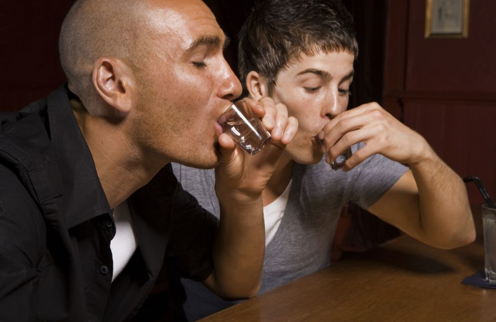 "Alcoolisme : Un gène à l'origine du ""binge drinking"""