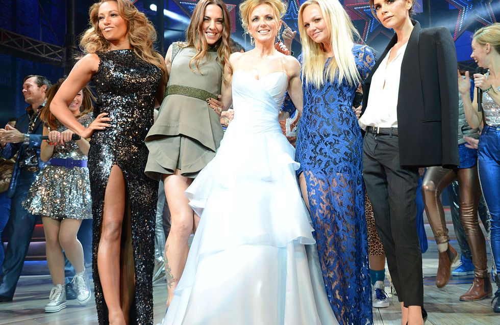 Victoria Beckham ridiculise le look des Spice Girls ! (Photos)