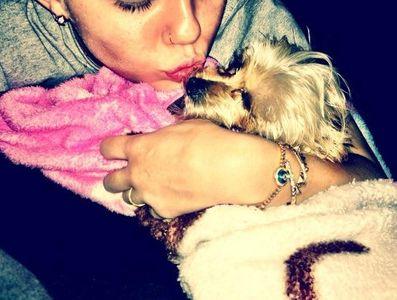 Miley Cyrus Lila