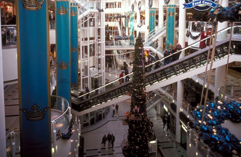 À quelques jours de Noël, une fusillade éclate dans un centre commercial