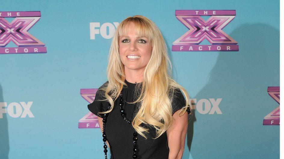 Britney Spears : En pyjama intégral sur le red carpet (Photos)