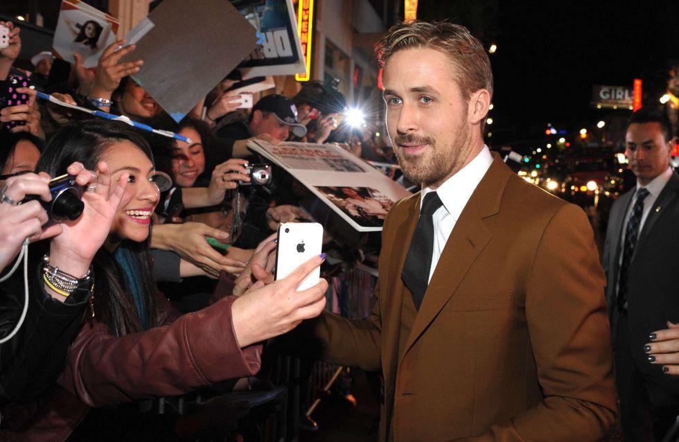 Ryan Gosling : Il achète des cookies à des scouts et les offre dans la rue !