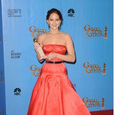 Golden Globes 2013 : Jennifer Lawrence, récompensée et ultra lookée ! (Photos)