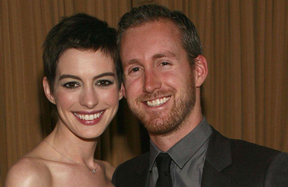 Anne Hathaway : Dispo pour accueillir un bébé en 2013
