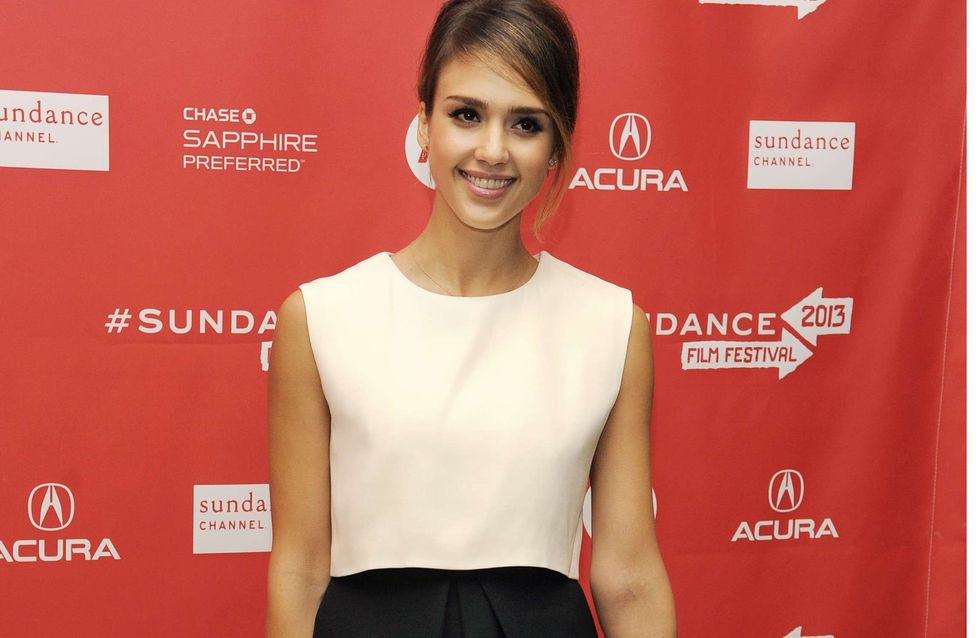 Jessica Alba : So chic en noir et blanc ! (Photos)