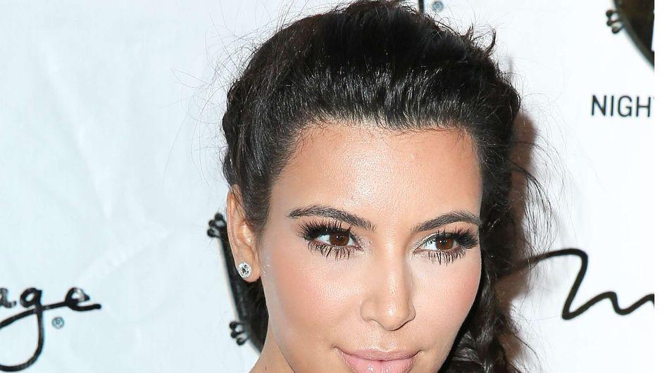 Kim Kardashian : Elle s'applique du lait maternel pour soigner son psoriasis (Vidéo)