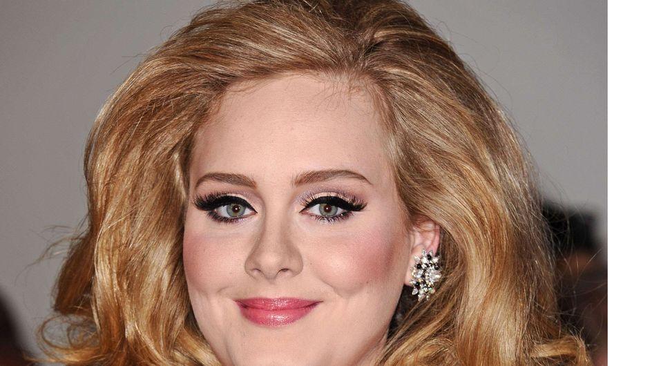 Adele : Elle renie son père et lui interdit de voir son fils