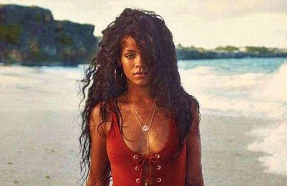 Rihanna : Chevelure de rêve et maillot de bain sexy à la Barbade (Photos)
