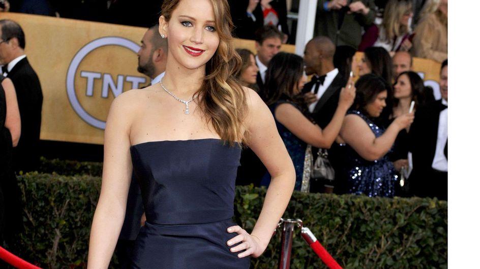 Jennifer Lawrence : Selon Dior, sa robe ne se serait pas déchirée !