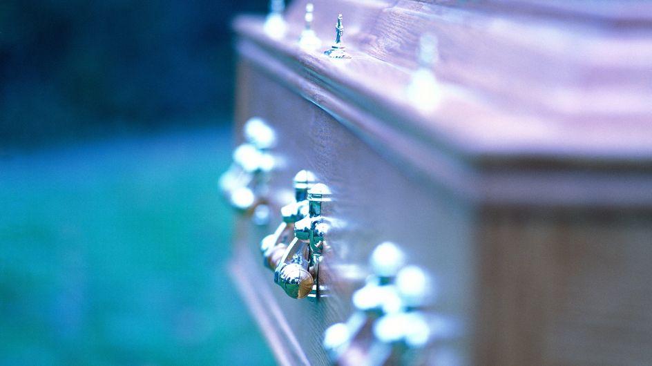 Insolite : Une défunte se réveille au moment de son enterrement