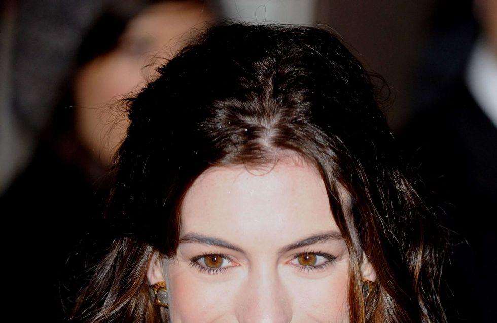 Anne Hathaway : Elle n'a plus de cheveux ! (Photos)