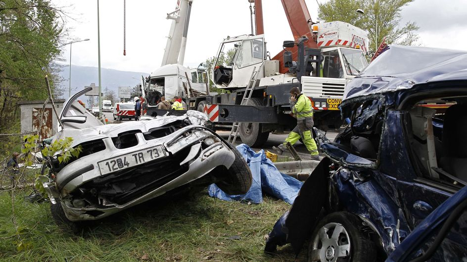 Chambery : Un terrible accident fait 4 morts (Photos)