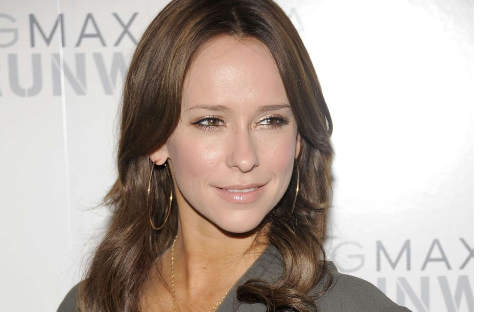 Jennifer Love Hewitt : Elle s'affiche sans maquillage (Photos)