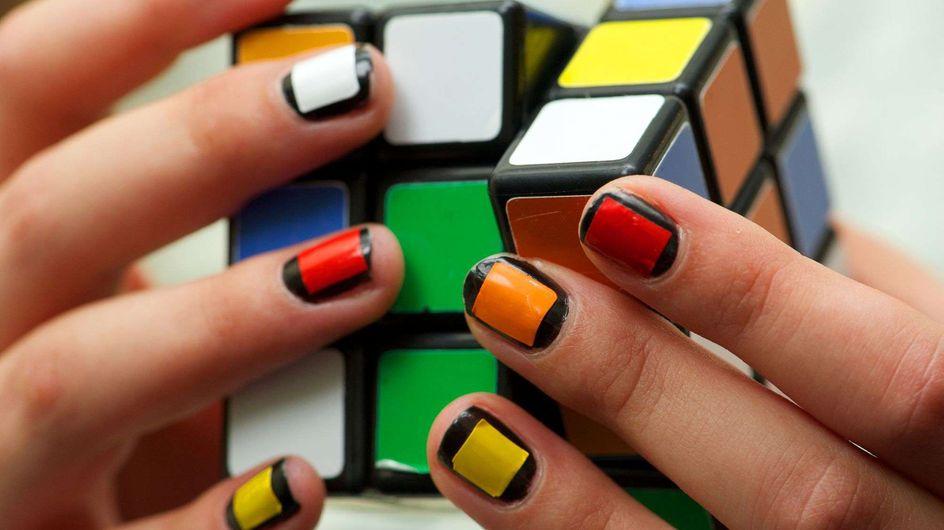 Rubik's Cube : Les images incroyables du championnat de France (Vidéo)