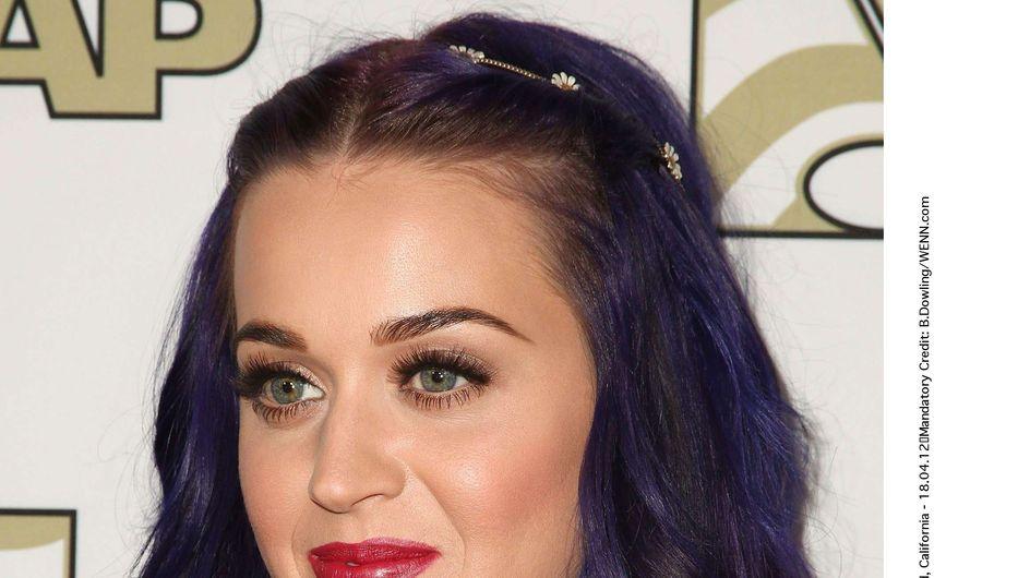 Katy Perry : Encore une nouvelle couleur de cheveux ! (Photos)
