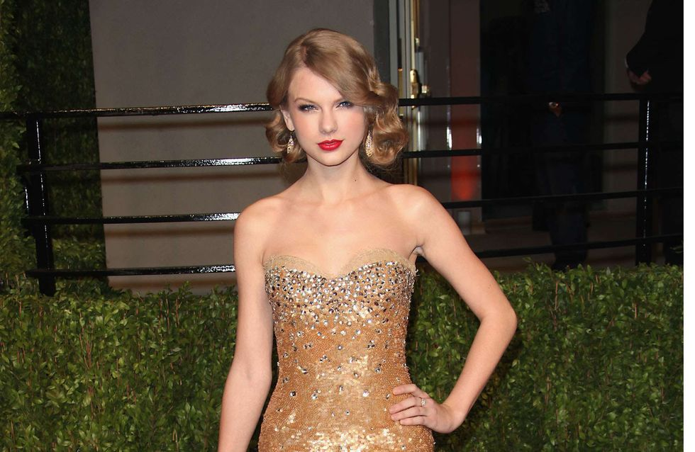 Taylor Swift : De nouveaux seins pour la chanteuse ! (Photos)