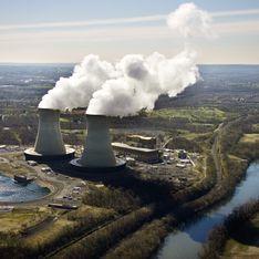 Nucléaire : Un militant Greenpeace s'introduit en paramoteur dans une centrale