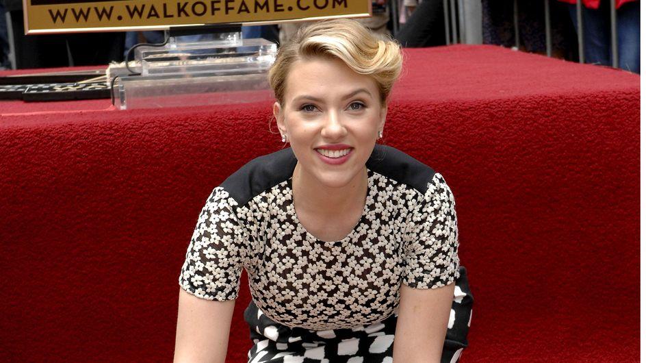 Scarlett Johansson : Superbe pour recevoir son étoile ! (Photos)