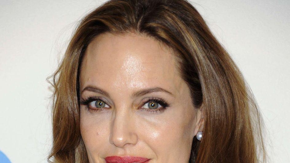 Angelina Jolie : Pas fan de sa bague de fiançailles