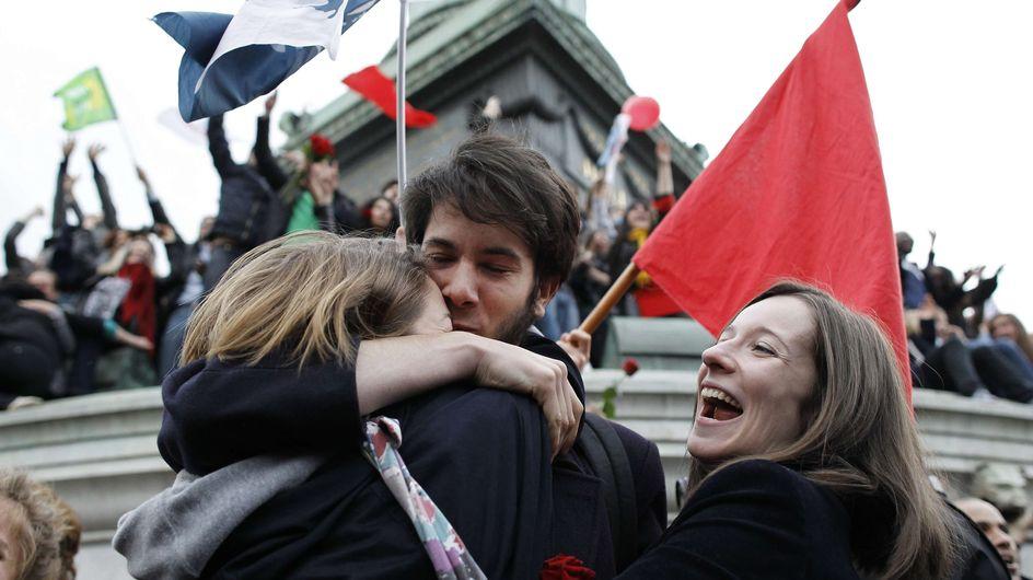 Présidentielle 2012 : Paris fête la victoire de François Hollande (Photos)