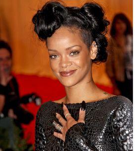 Rihanna : Les images de sa collection pour Armani Jeans ! (Photos)