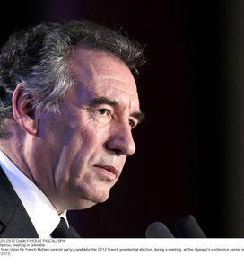 François Bayrou : Vers la fin de l'euro ?