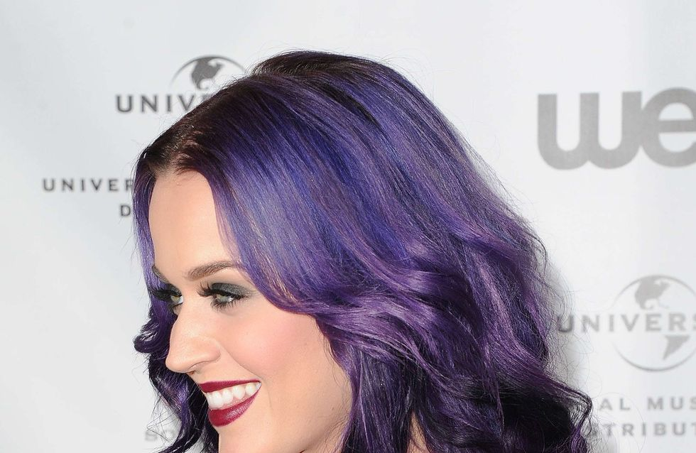 Katy Perry : Elle donne dans le look gothique ! (Photos)