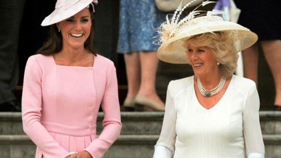 Kate Middleton : Elle porte deux fois la même robe en 15 jours (Photos)